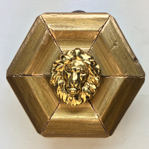 Gilt Frame with Lion (2.75