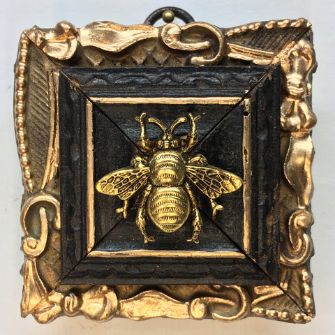 Dark Gilt Frame with Grande Bee (3