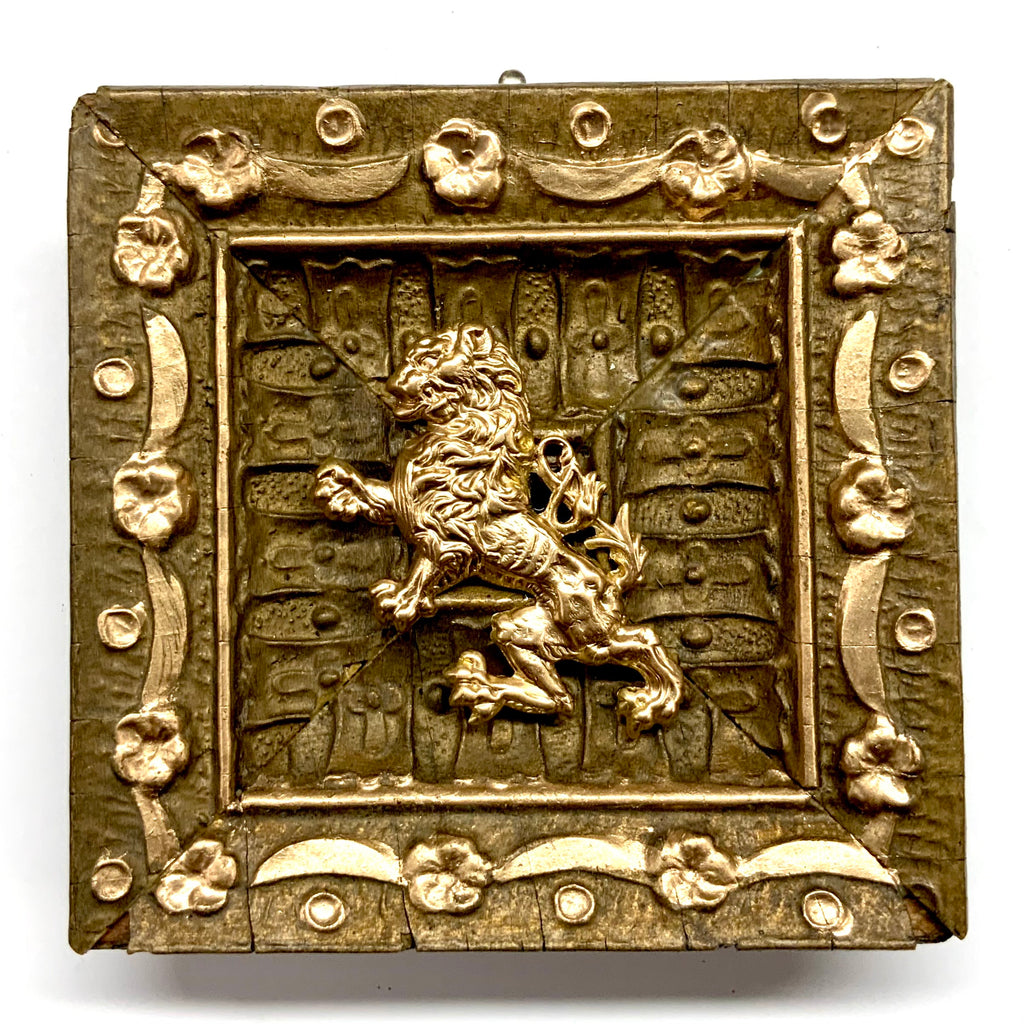 Gilt Frame with English Lion (3.75