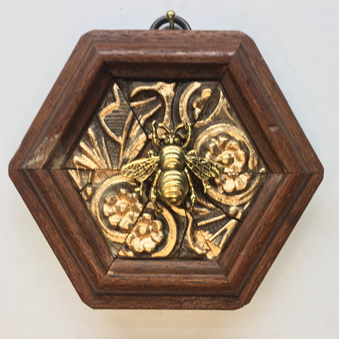 Gilt Wooden Frame with Grande Bee (3.75