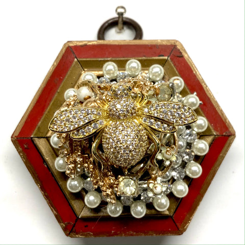 Lacquered Frame with Sparkle Bee on Brooch (2.75