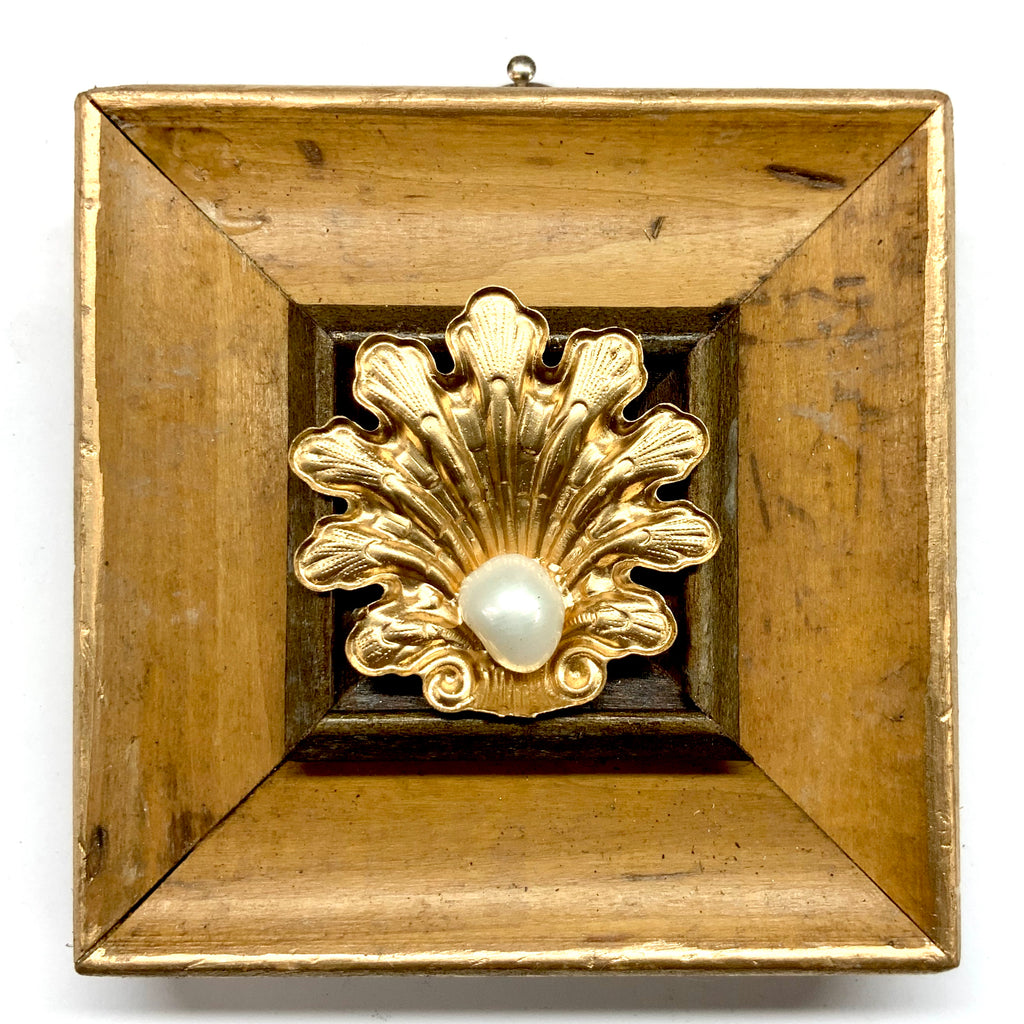 Wooden Frame with Pearl in Shell (3.75