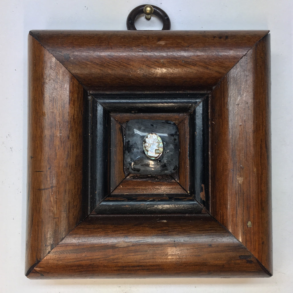 Wooden Frame with Cameo (3