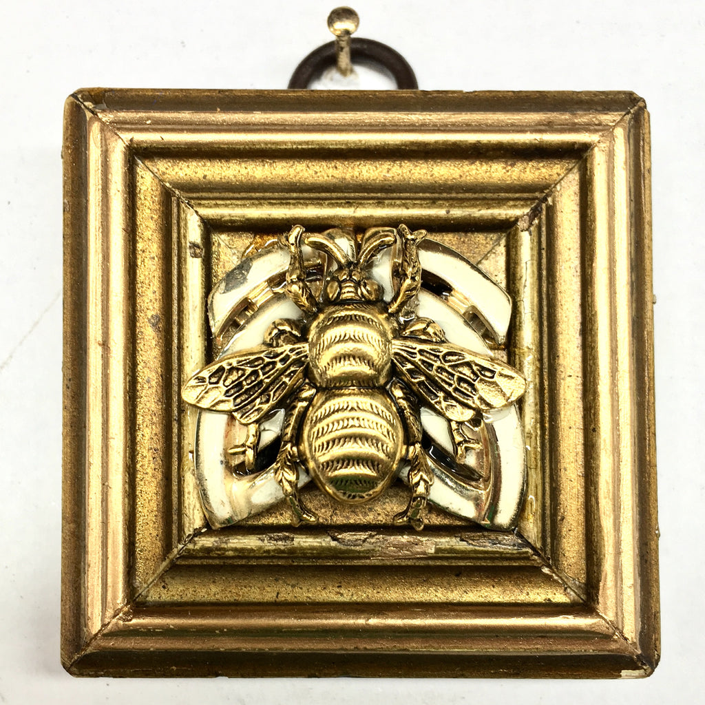 Gilt Frame with Grande Bee on Brooch (2.25