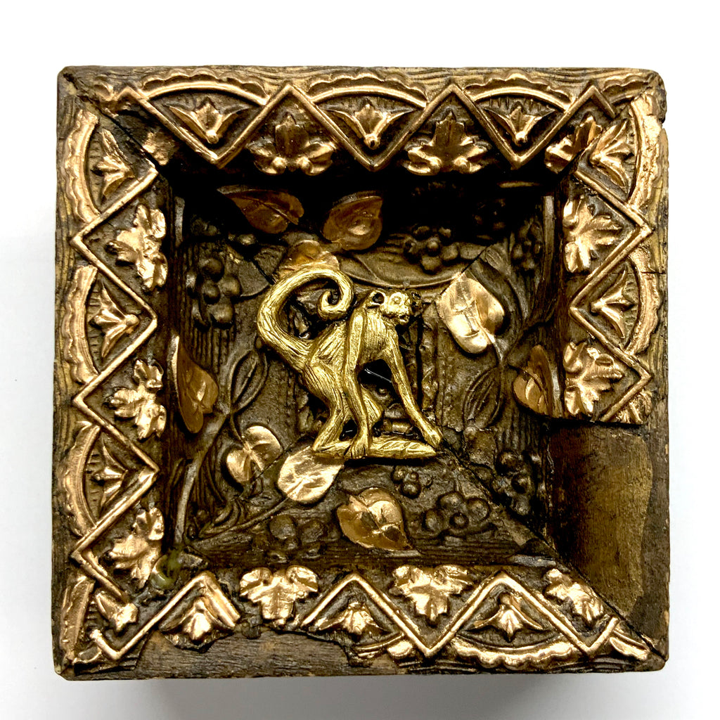 Gilt Frame with Monkey (3.75