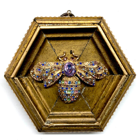Gilt Frame with Bee Brooch (4