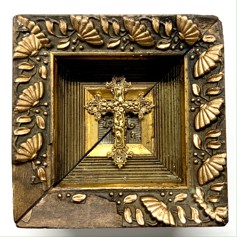 Wooden Frame with Cross (4.25