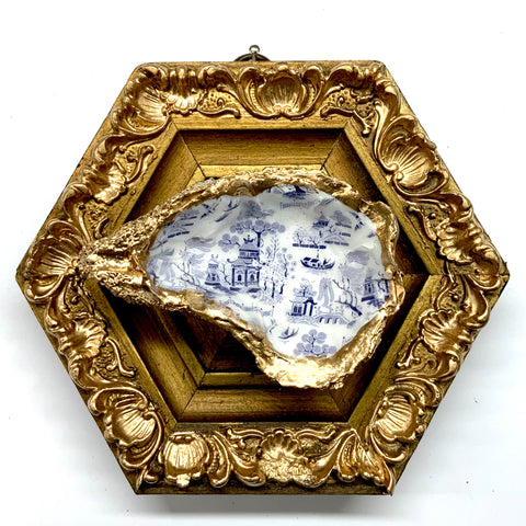 Gilt Frame with Painted Oyster Shell (5.5