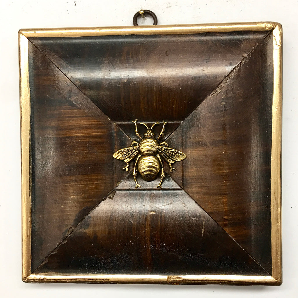 Wooden Frame with Grande Bee (5.75