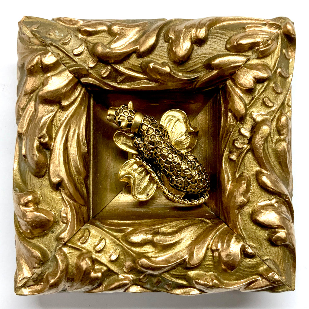 Gilt Frame with Leopard on Brooch (4.25