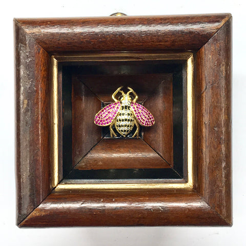 Wooden Frame with Sparkle Bee (3.5