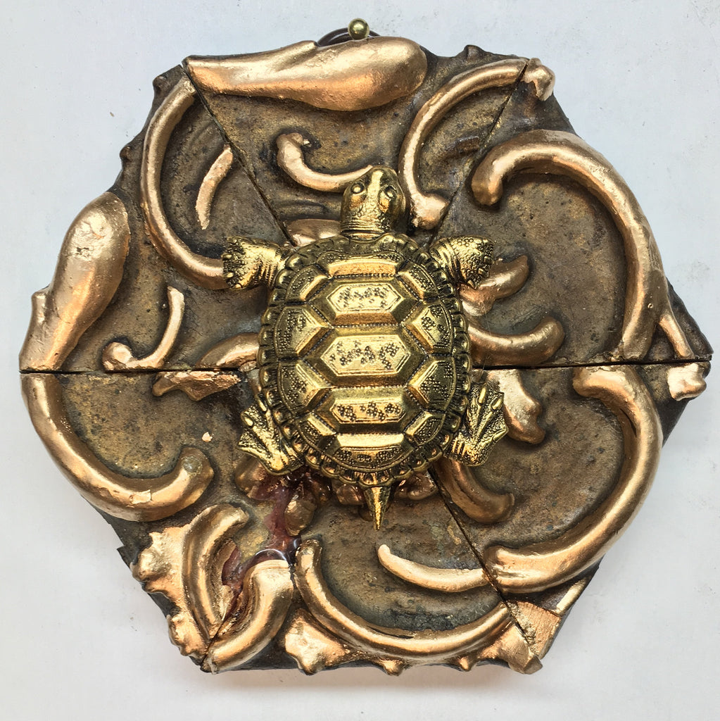 Gilt Frame with Turtle (4