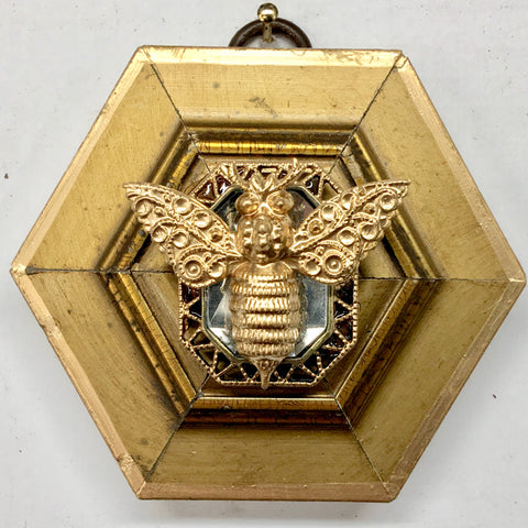 Gilt Frame with Victorian Bee on Brooch (3.25