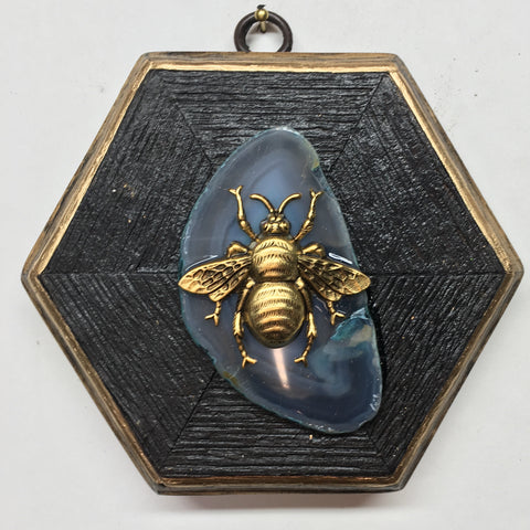 Bourbon Barrel Frame with Grande Bee on Agate (4.75