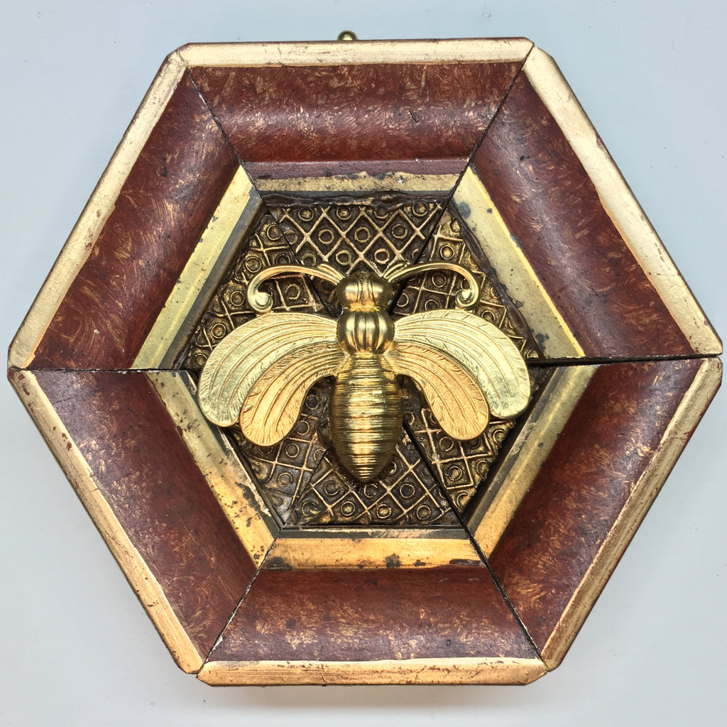 Painted Frame with Deco Bee (4