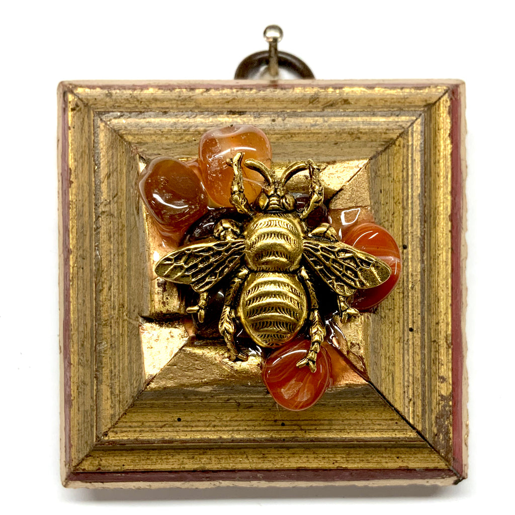 Lacquered Frame with Grande Bee on Brooch (2.5