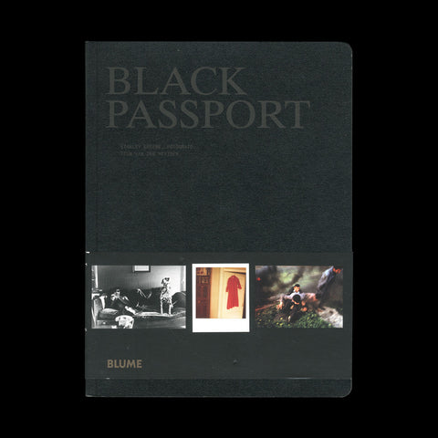 GREENE, Stanley. Black Passport. (Barcelona): (Art Blume), (2009).- SIGNED