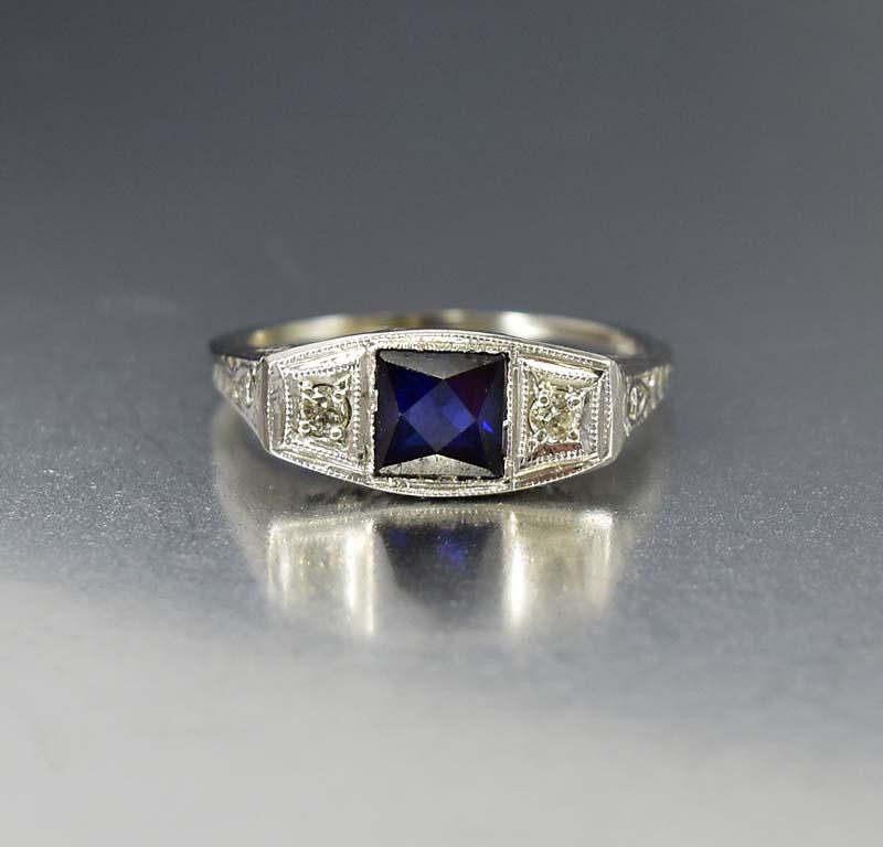 Art Deco 18K White Gold Diamond Sapphire Ring - Boylerpf