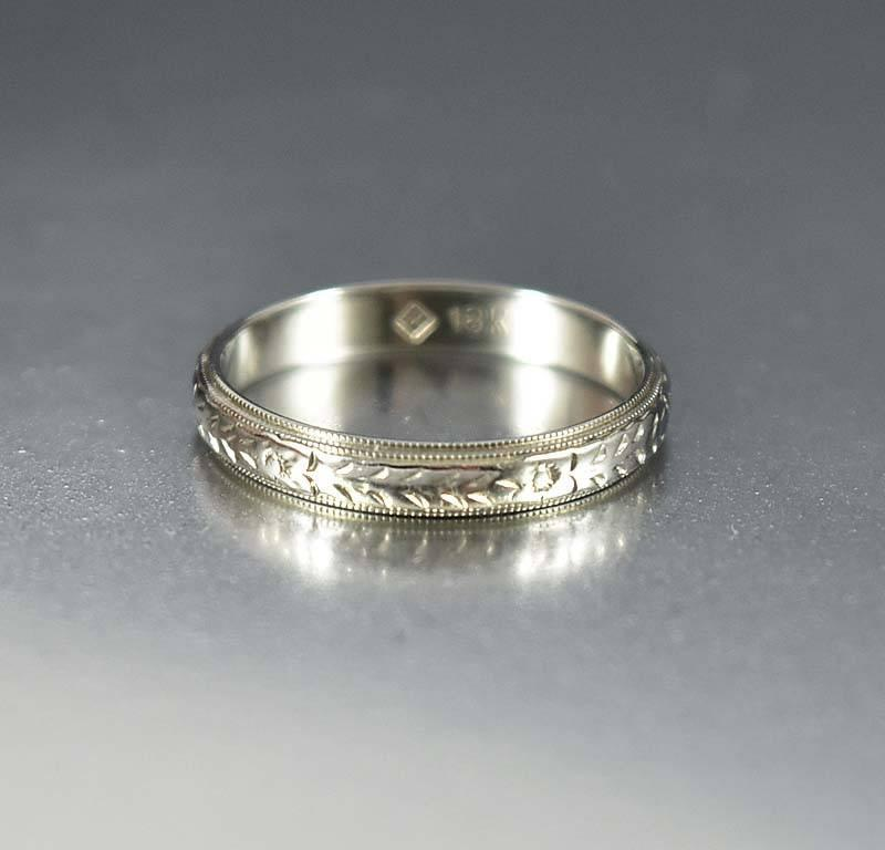 Antique 18K White Gold Orange Blossom Wedding Band Ring