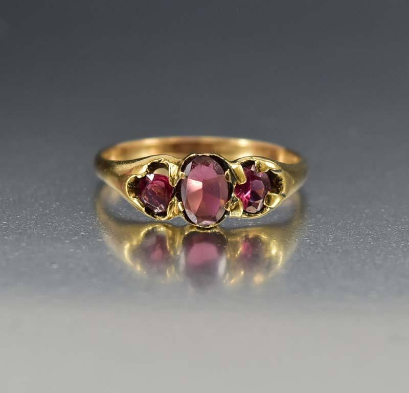 Antique Amethyst 18K Gold Victorian Wedding Ring - Boylerpf