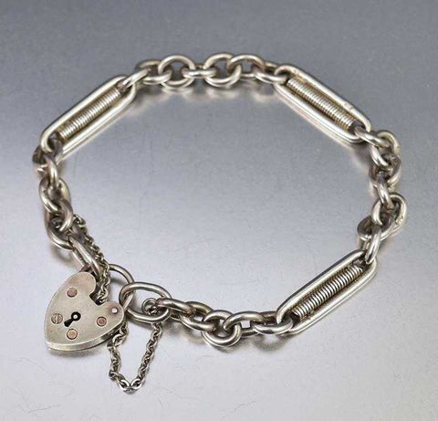 Delightful Heart Padlock Antique Silver Chain Bracelet