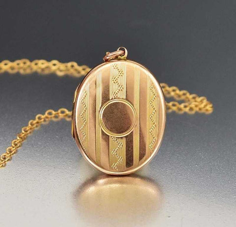 Oval English Antique Edwardian Gold Locket