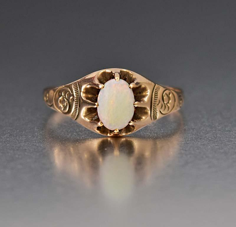 Edwardian Charming 10K Gold Opal Solitaire Ring - Boylerpf