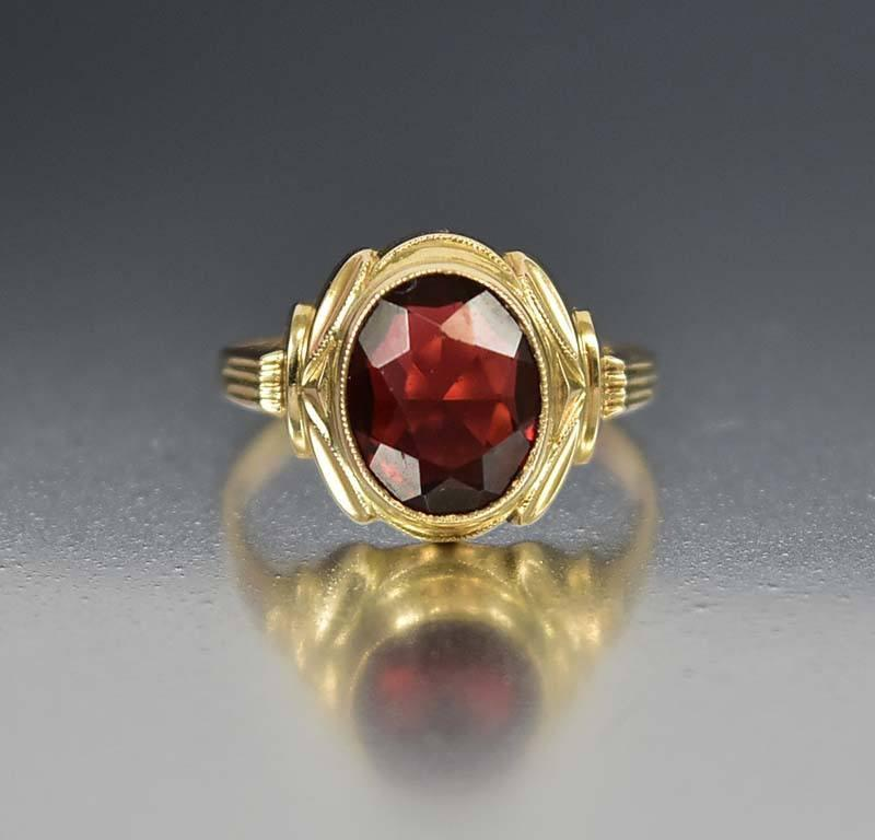 Art Deco Gold Garnet Ring - Boylerpf