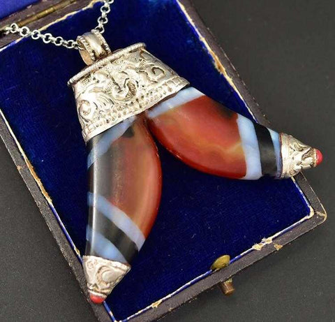 Scottish Banded Agate Antique Silver Pendant Necklace