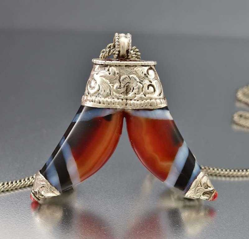 Scottish Banded Agate Antique Silver Pendant Necklace - Boylerpf