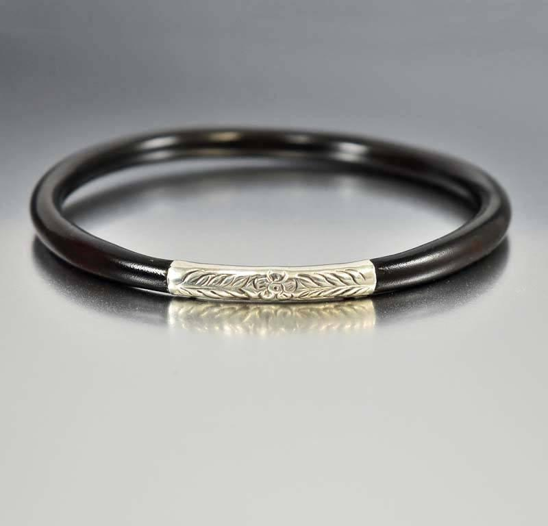 Silver Forget Me Not Black Coral Bangle Bracelet - Boylerpf