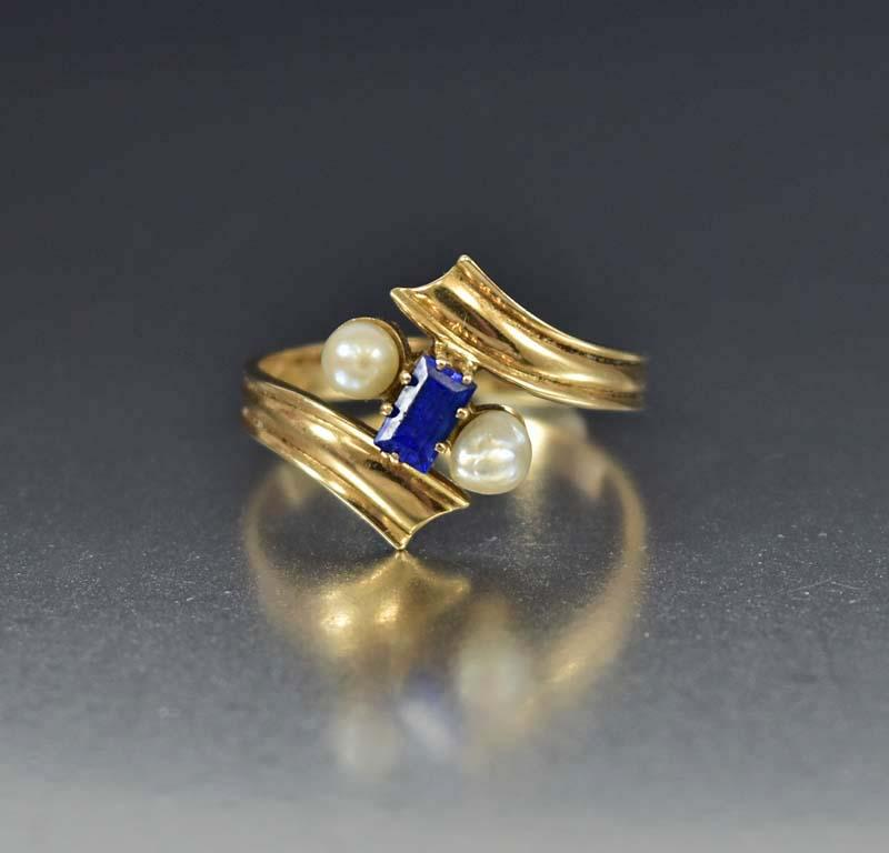 14K Gold Blue Spinel and Pearl Ring - Boylerpf