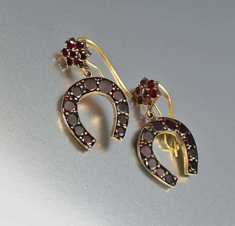 Vintage English 9K Gold Dangle Pig Earrings