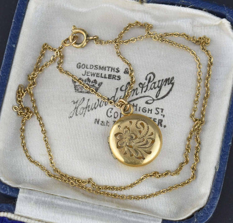1930s Vintage Petite Forget Me Not Flower Locket
