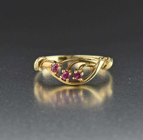Gold Vintage Ruby RIng, Three Stone Vine Ring