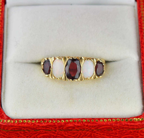 Vintage Gold Five Stone Opal and Garnet Band Ring