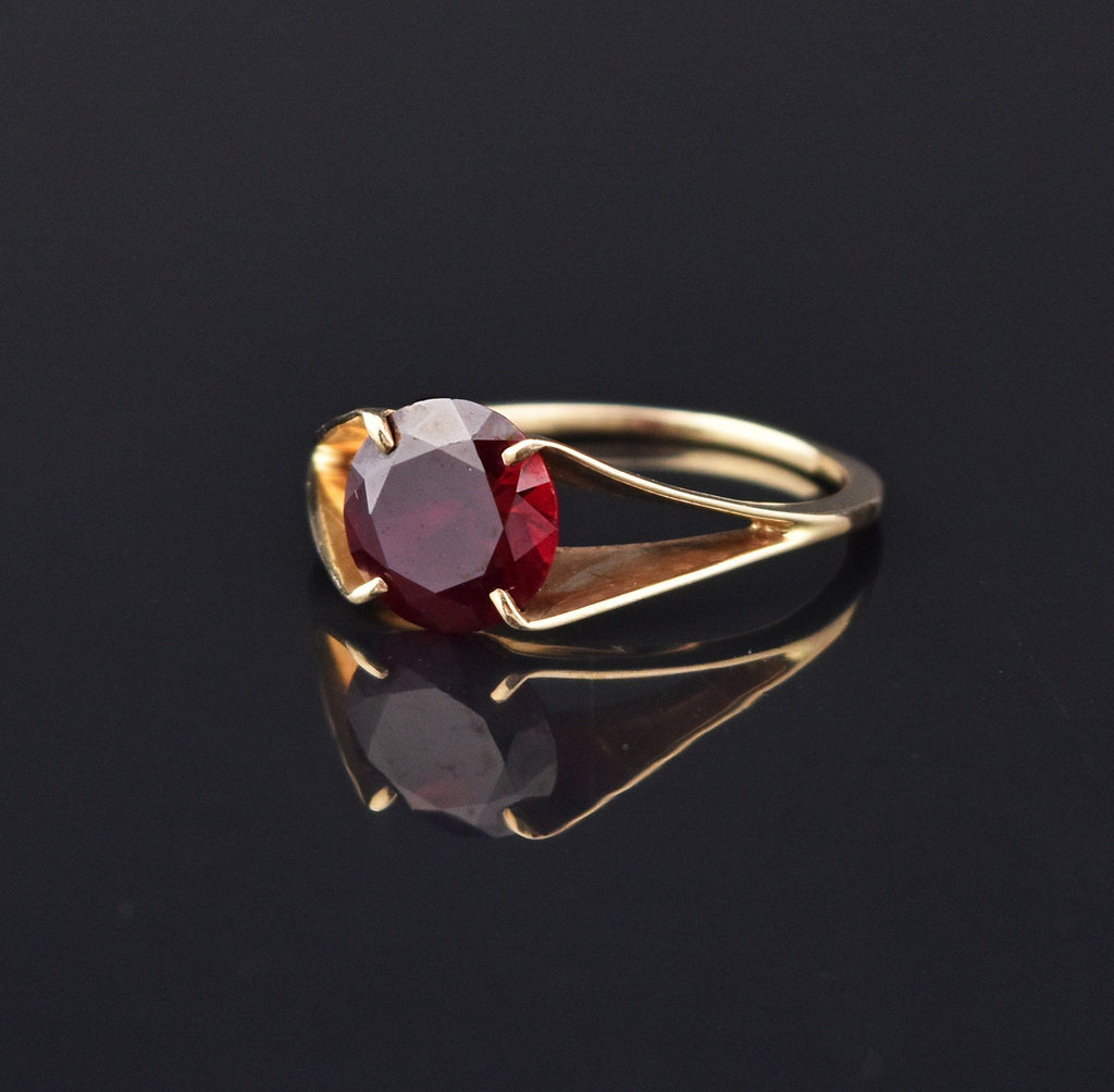 Chic Art Deco Ruby Gold Solitaire Ring - Boylerpf