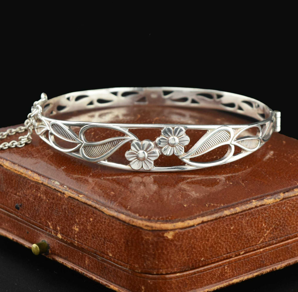 English Vintage 1900s Arts & Crafts Silver Bracelet - Boylerpf