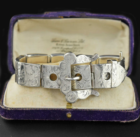 Deposit Antique 18K Gold Diamond & Sapphire Ring