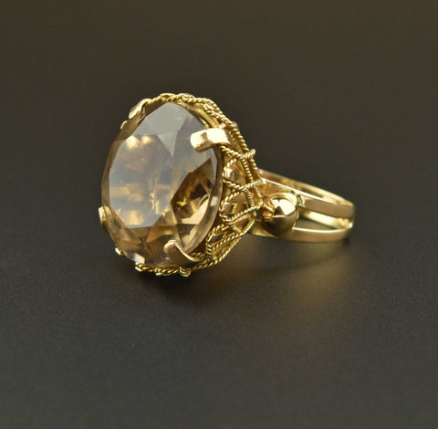 Vintage Gold Buttercup Garnet Ring