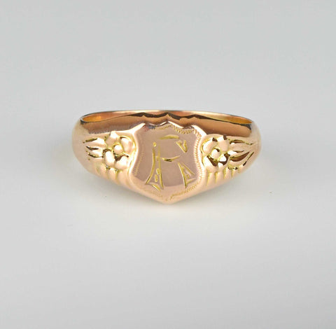 Mens Victorian Gold Shield Signet Ring Letter R
