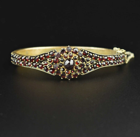 Gold Amethyst & Diamond Band Ring