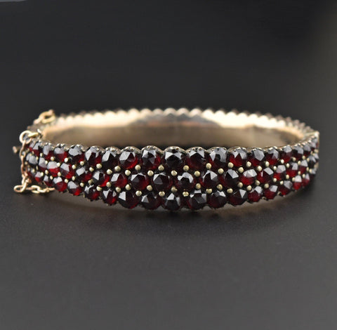 Antique Sugarloaf Ruby Ring 14K Gold