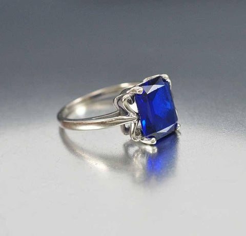 Vintage 1940s White Gold Sapphire Engagement Ring
