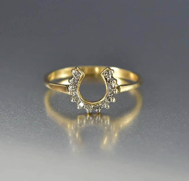 Vintage 14K Gold Lucky Diamond Horseshoe Ring - Boylerpf