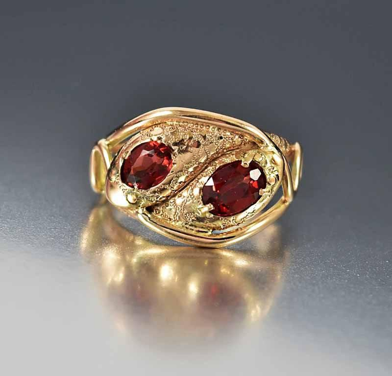 Vintage English Rose Gold Garnet Snake Ring - Boylerpf - 1