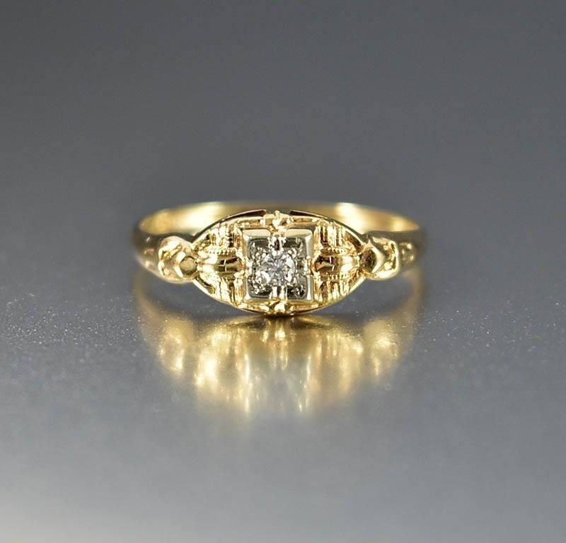 Two Tone Gold Diamond Art Deco Engagement Ring - Boylerpf