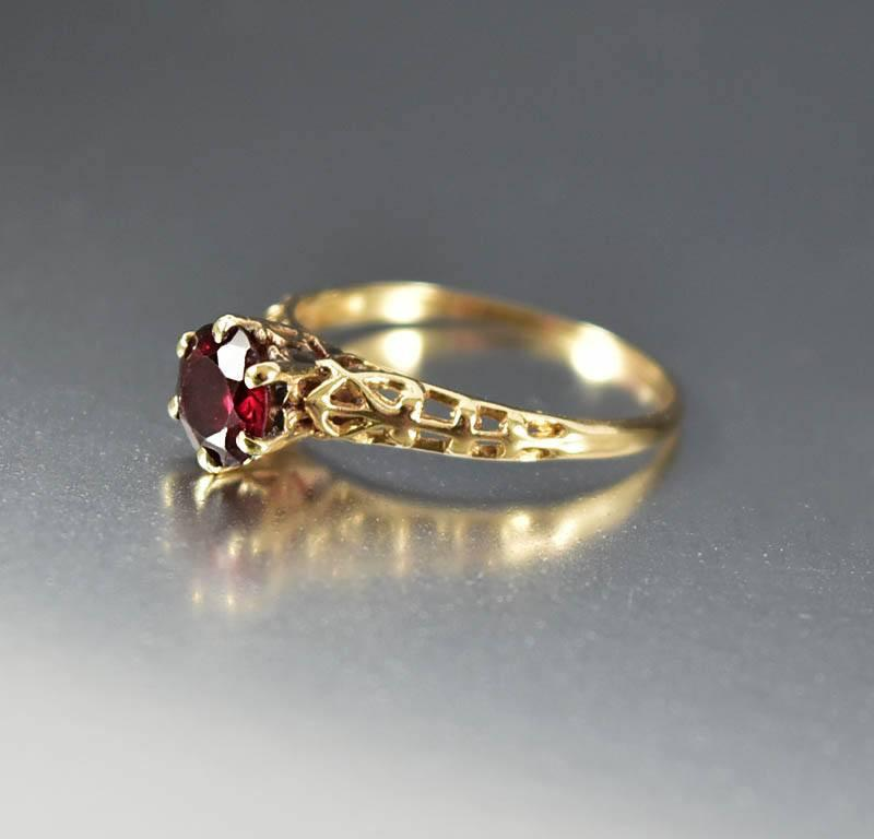 Gold Solitaire Garnet Edwardian Engagement Ring - Boylerpf - 1