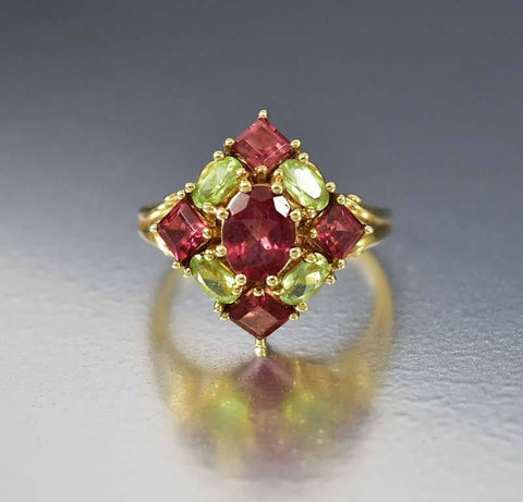 Vintage Gold Garnet Peridot Cocktail Ring