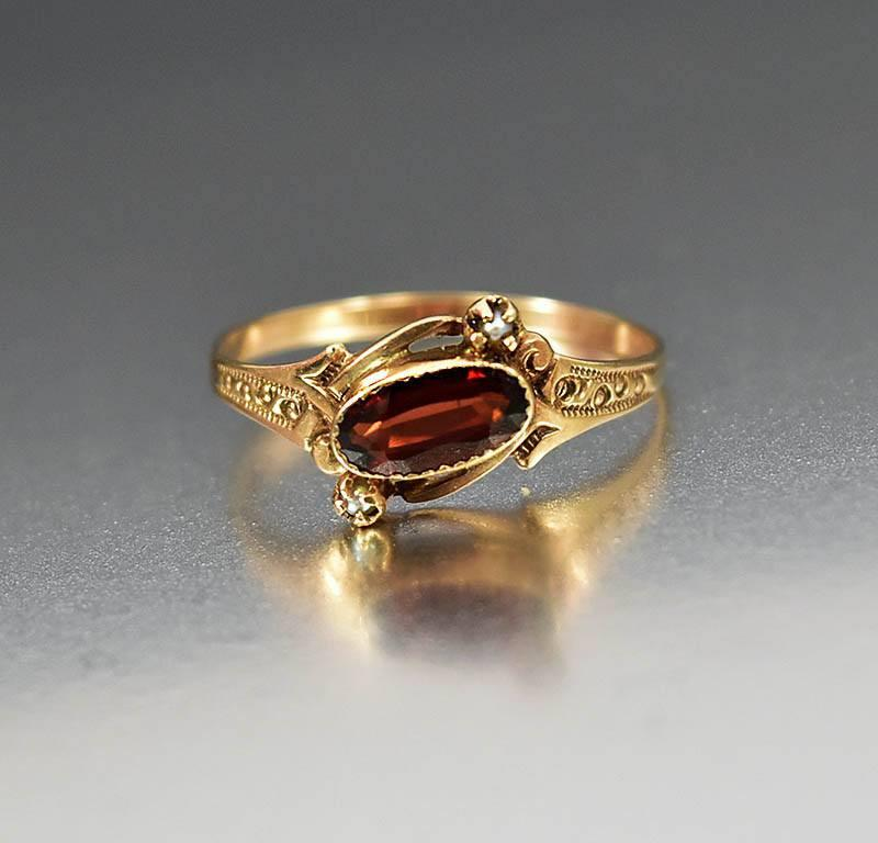 Antique Victorian Gold Pearl Garnet Ring - Boylerpf - 1